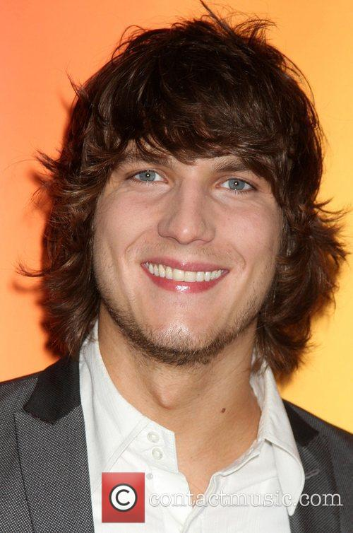 Scott Michael Foster 4