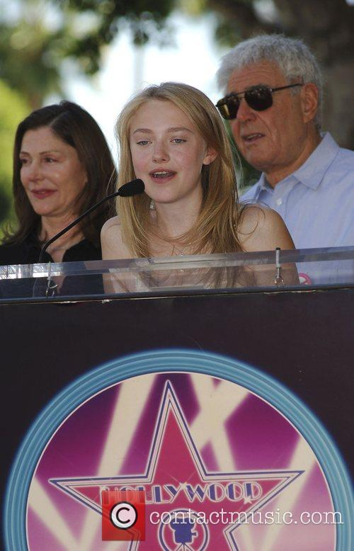 Lauren Shuler Donner and Dakota Fanning 10