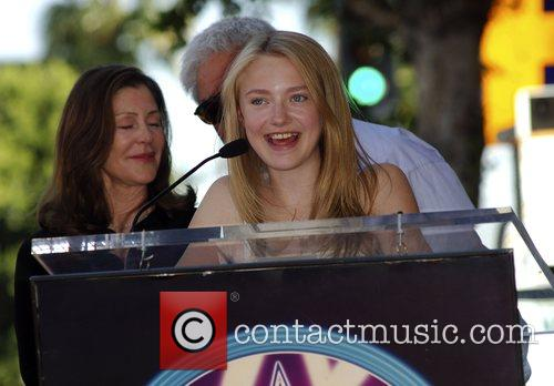 Lauren Shuler Donner and Dakota Fanning 11