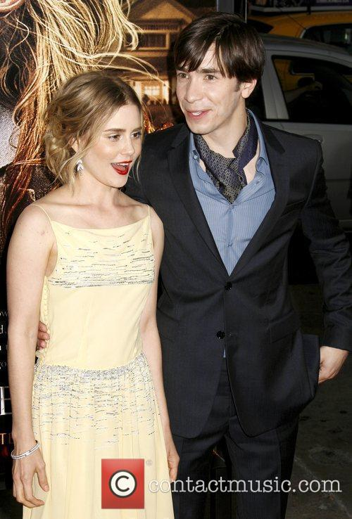 Alison Lohman and Justin Long 11