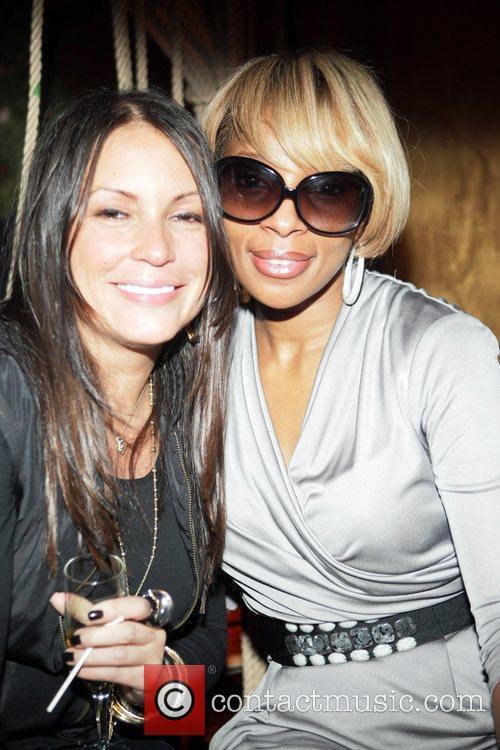 Angie Martinez and Mary J. Bldge The Dream's...