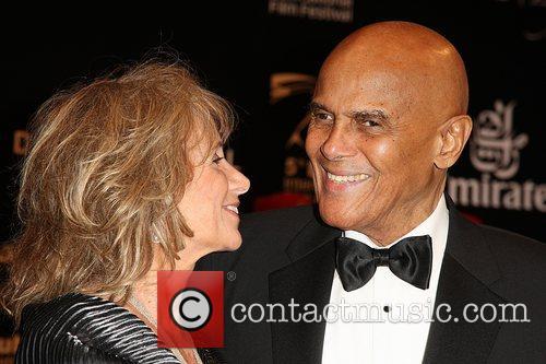 Harry Belafonte (r) and Harry Belafonte 4