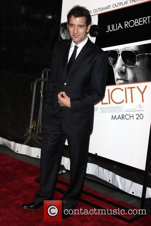 Clive Owen and Ziegfeld Theatre 9