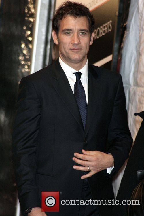Clive Owen and Ziegfeld Theatre 2