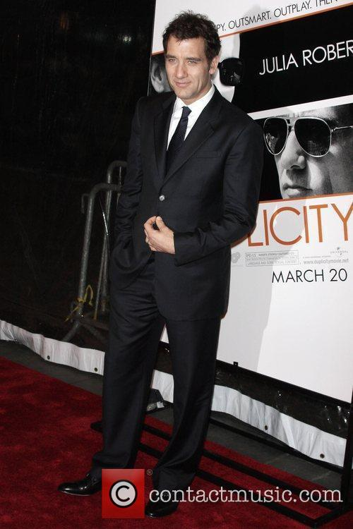 Clive Owen and Ziegfeld Theatre 3