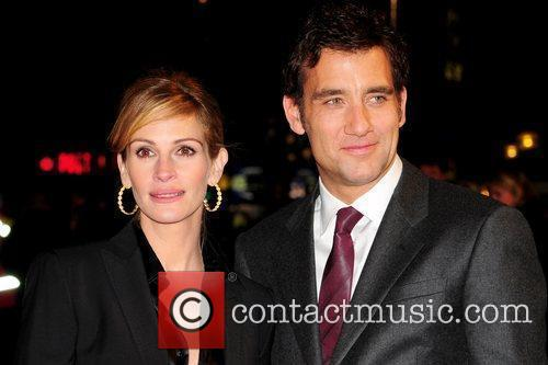 Julia Roberts and Clive Owen UK premiere of...