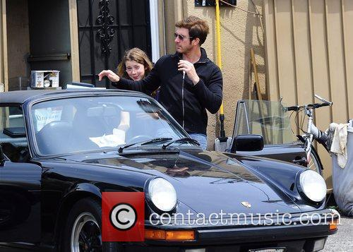 Dylan Mcdermott Leaving A Restaurant After Having Lunch With His Daughters Colette 3