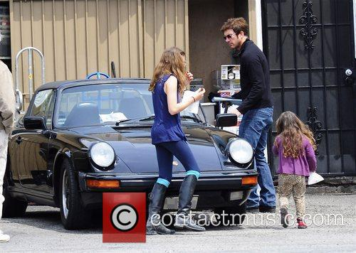 Dylan Mcdermott Leaving A Restaurant After Having Lunch With His Daughters Colette 7
