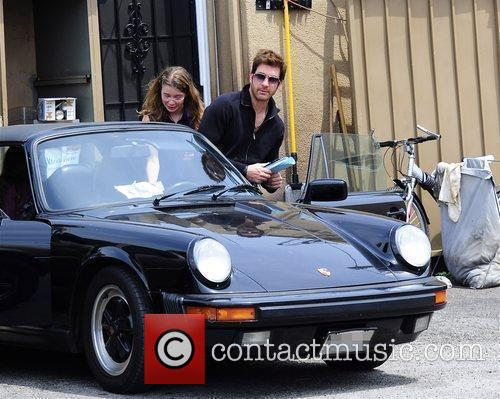 Dylan Mcdermott Leaving A Restaurant After Having Lunch With His Daughters Colette 4