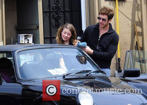 Dylan Mcdermott Leaving A Restaurant After Having Lunch With His Daughters Colette 6