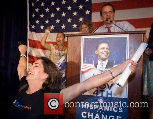Miami Mayor Manny Diaz speaks at a Barack...