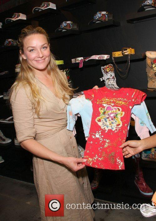Elisabeth R�hm visits the Ed Hardy outlet store