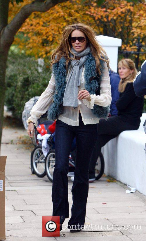 Elle MacPherson dropping her children at school