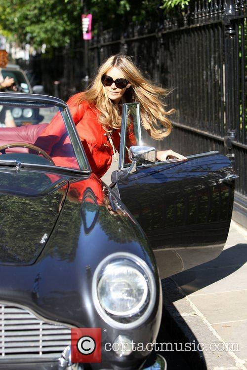 Australian Supermodel Elle Macpherson 10