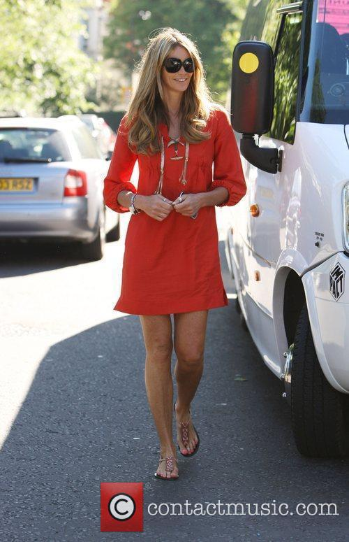 Australian Supermodel Elle Macpherson 6