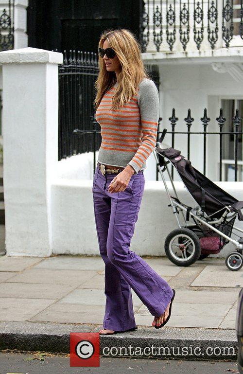 Drops her children off at school wearing purple...