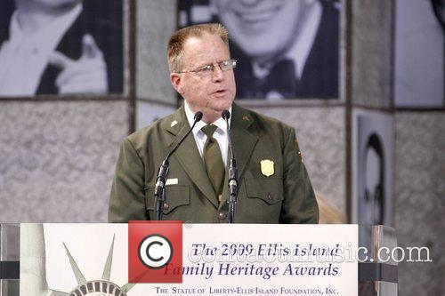 Ellis Island Family Heritage Awards to celebrate immigration...