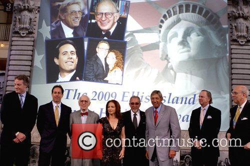 Tom Strickland, Candice Bergen, Gloria Estefan, Jerry Seinfeld and Seinfeld 1