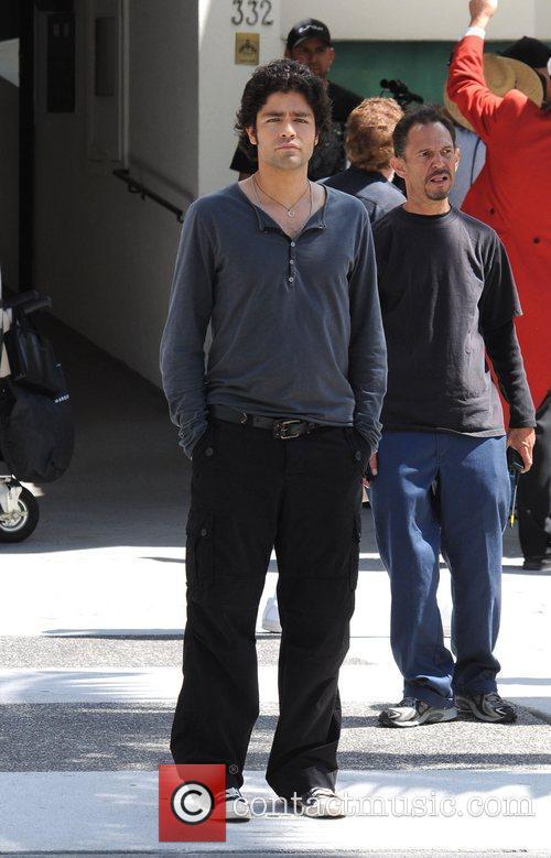 Adrian Grenier filming a scene for 'Entourage'
