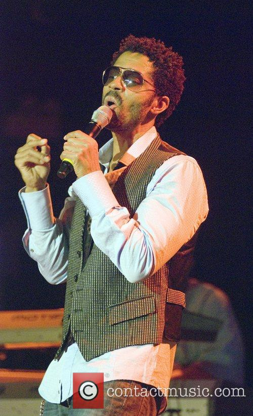 Eric Benet performing at the House of Blues...