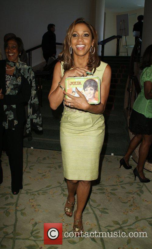 black single women in holly hill Celebrity gossip blog with the latest entertainment news, scandals, fashion, hairstyles, pictures, and videos of your favorite celebrities.