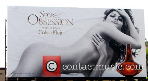 Eva Mendes nude on a Calvin KIein billboard...