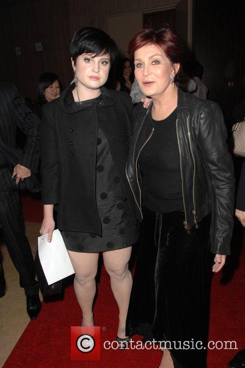 Kelly Osbourne and Sharon Osbourne 4