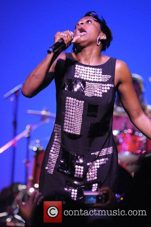 Fantasia Barrino and American Idol 14