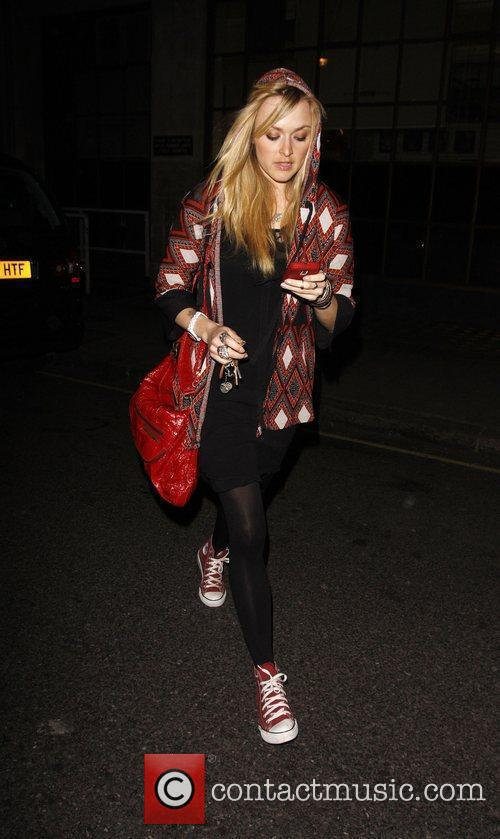 Fearne Cotton leaving BBC Radio 1 after presenting...