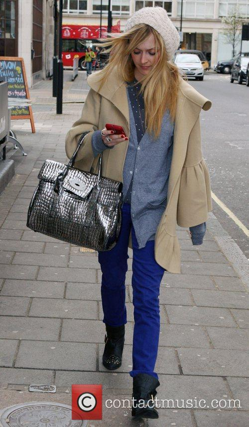 Fearne Cotton and Jo Whiley 8