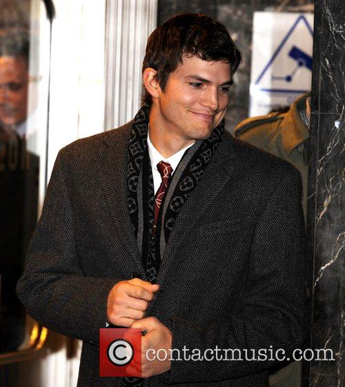 Ashton Kutcher  Flawless - UK Charity Premiere...