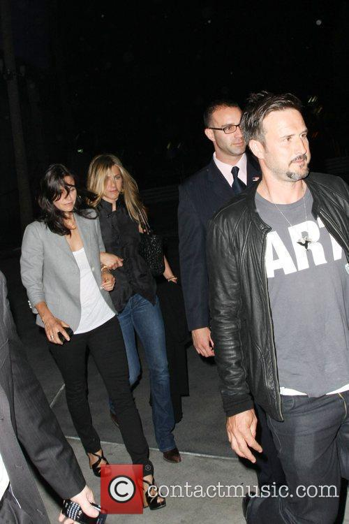 Courteney Cox, Fleetwood Mac and Jennifer Aniston 4