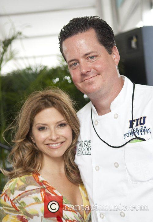 Food Network's Ingrid Hoffman and FIU student chef...