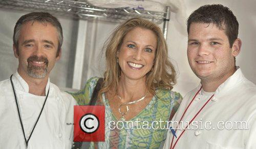 Food Network Chef Robin Miller (c) and FIU...