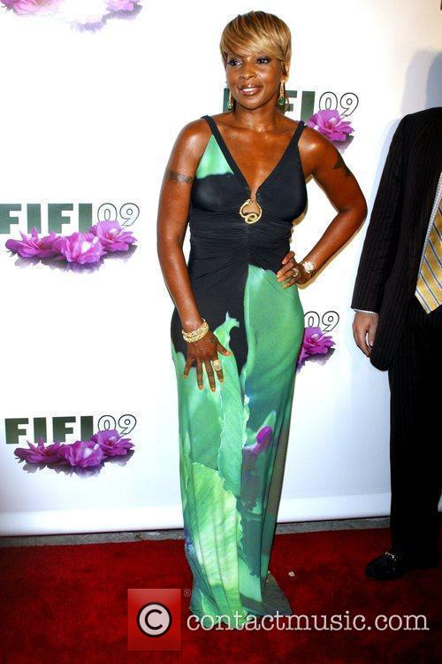 Mary J. Blige The 37th Annual FiFi Awards...