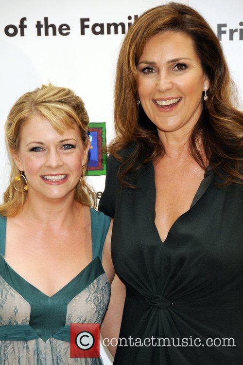 Melissa Joan Hart and Peri Gilpin 2