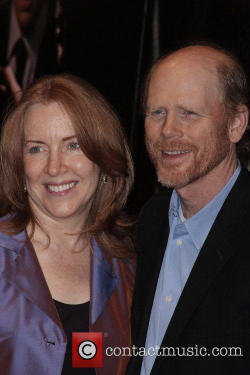 Cheryl Howard, Ron Howard Premiere of 'Frost/Nixon' at...