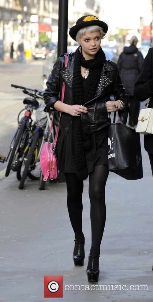 Pixie Geldof takes a walk after having breakfast...