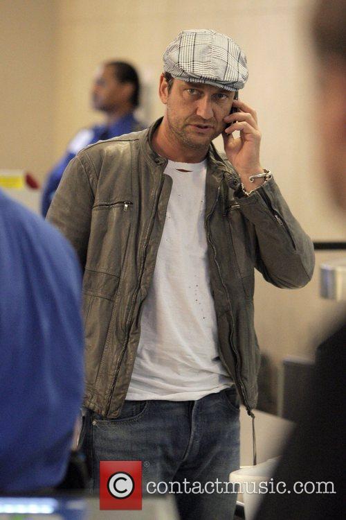 Gerard Butler, The Departure