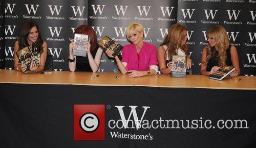 Cheryl Cole, Kimberley Walsh, Nadine Coyle, Nicola Roberts and Sarah Harding 7