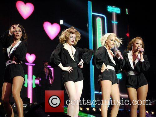 Cheryl Cole, Girls Aloud, Kimberley Walsh, Nicola Roberts and Sarah Harding 2