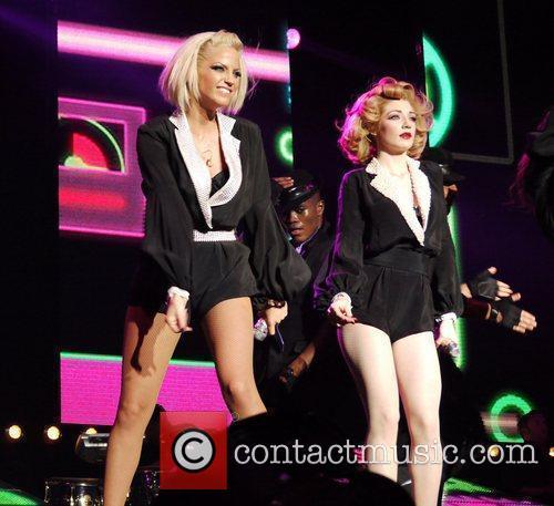 Sarah Harding, Girls Aloud and Nicola Roberts 7