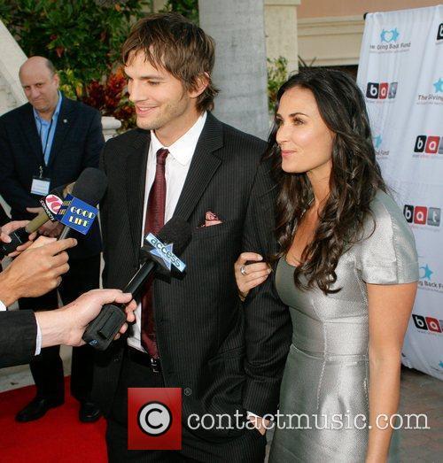 Ashton Kutcher and Demi Moore 5