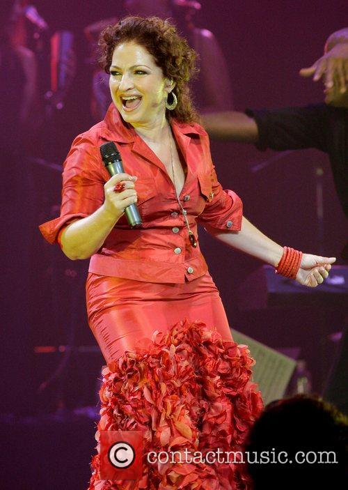 Gloria Estefan 32