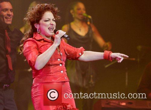 Gloria Estefan 27