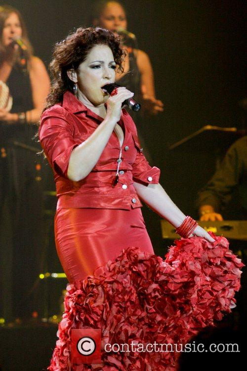 Gloria Estefan 38
