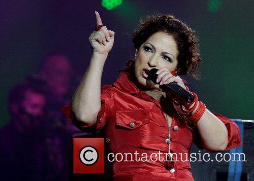 Gloria Estefan 22