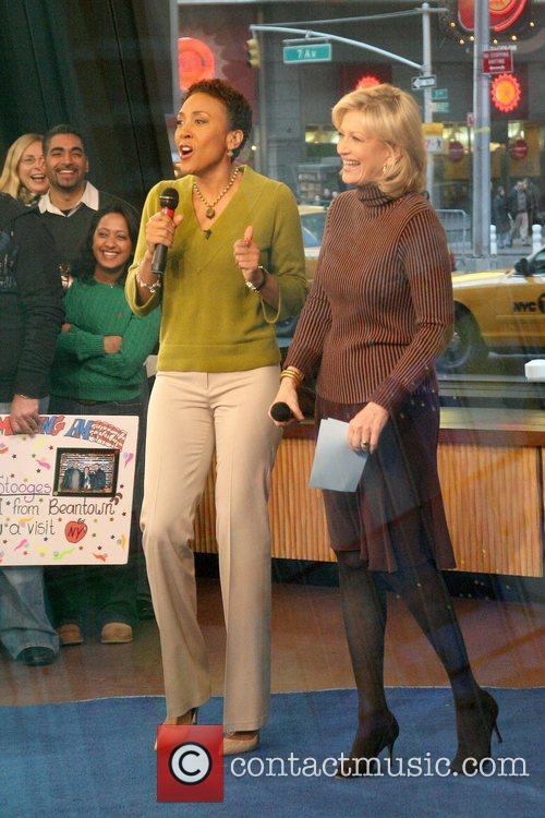 Robin Roberts, ABC, Times Square