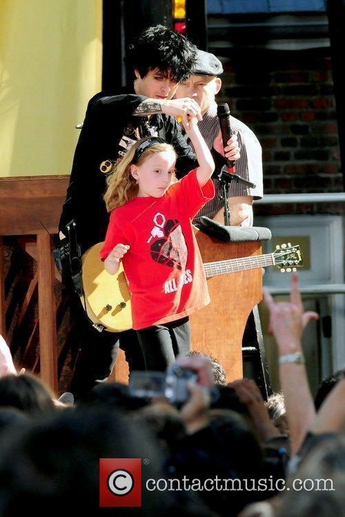 Billie Joe Armstrong and A Fan 8