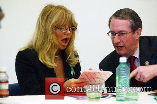 Goldie Hawn and Congressman Goodlatte 2